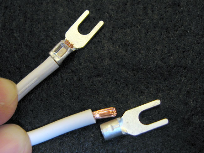 電源タップの作り方(圧着端子の施工①)