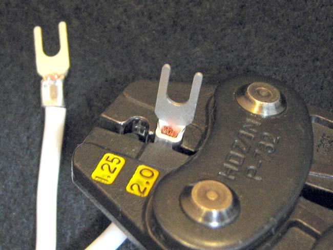 電源タップの作り方(圧着端子の施工②)