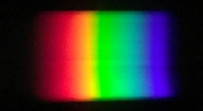 LED照明のスペクトル(暖色)