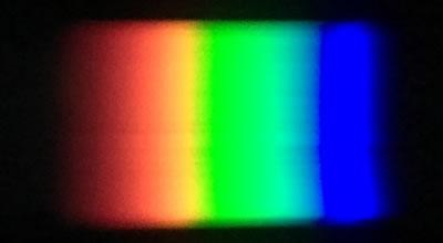 LED照明のスペクトル(白色)