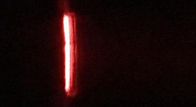 赤色レーザーポインタのスペクトル